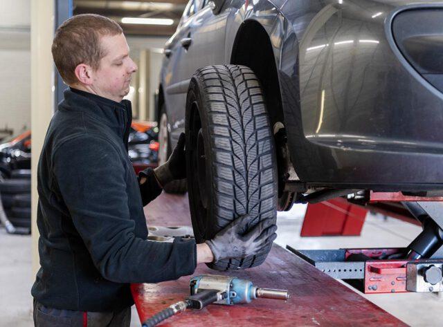 Braat Auto's - reparatie werkplaats