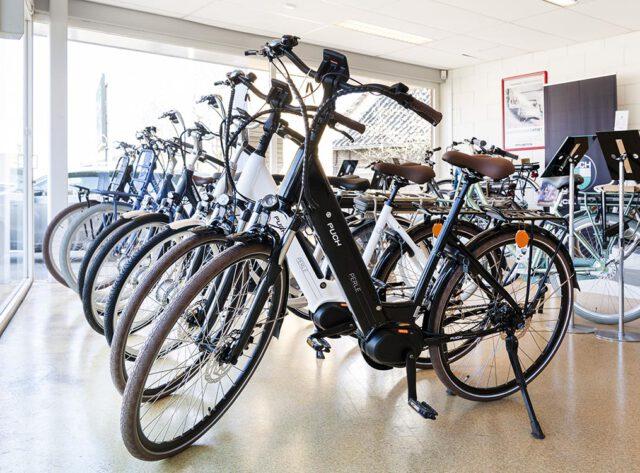Braat Auto's - Showroom E-bikes